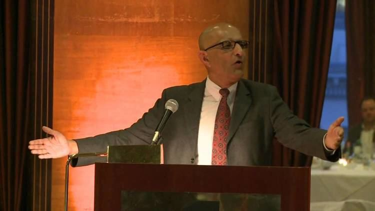 Ashraf Habibullah Ashraf Habibullah receives the H J Brunnier Lifetime