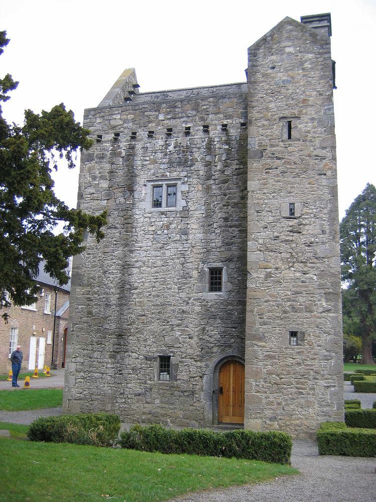 Ashtown Castle httpsuploadwikimediaorgwikipediacommonsaa