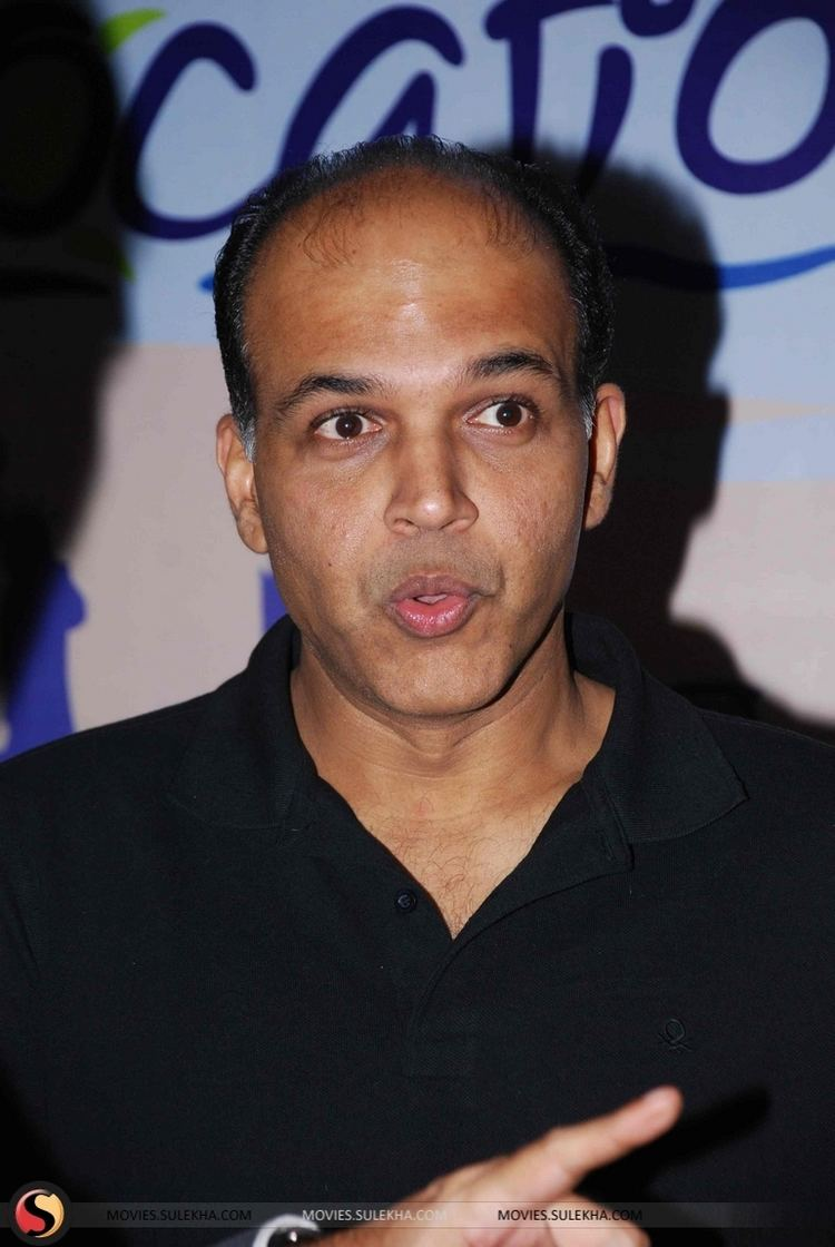 Ashutosh Gowariker Page 17 of Ashutosh Gowariker at Location39s Awards party