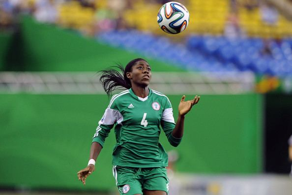 Asisat Oshoala Nigerian Female Footballer Asisat Oshoala Sets New Record Signs