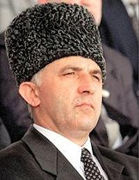 Aslan Maskhadov Aslan Aliyevich Maskhadov Wikipedia ting Vit