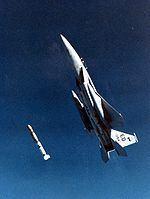 ASM-135 ASAT httpsuploadwikimediaorgwikipediacommonsthu