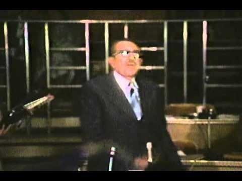 Assad Bucaram ASSAD BUCARAM As se pide la Palabra 1979 YouTube