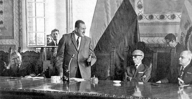 Assad Bucaram Bucaram Assad Personajes Histricos Enciclopedia Del Ecuador