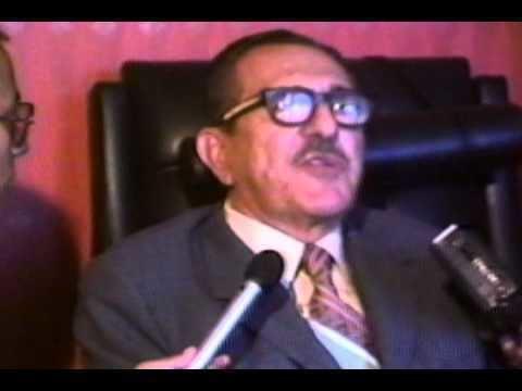 Assad Bucaram DON BUCA VS ABDALA Parte 2 Yo soy ms ecuatoriano que t YouTube