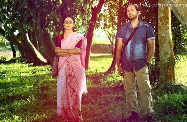 Assamese cinema movie scenes anuradha assamese film The entry scene of Joy Kashyap is one which looks very creative The wildlife photographer who came to Anuradha s village to explore