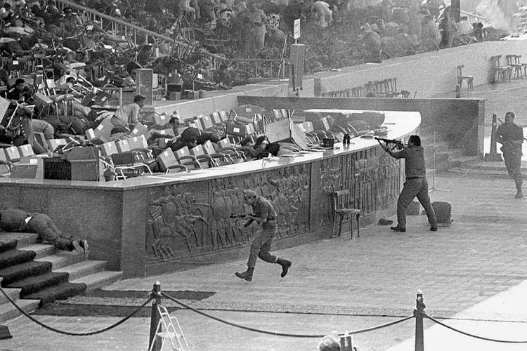 Assassination of Anwar Sadat 1bpblogspotcom0iT0GDAAfQVj598QRr2NIAAAAAAA