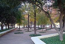 Aston Park, Dallas httpsuploadwikimediaorgwikipediacommonsthu