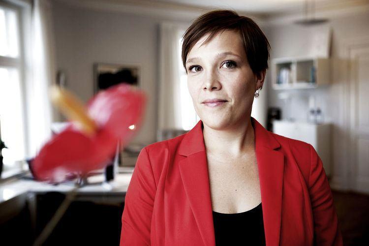 Astrid Krag Lokal SFpolitiker udfordrer Astrid Krag Politik wwwbtdk