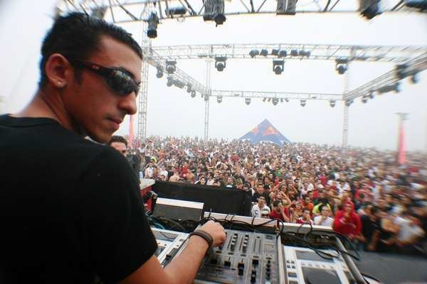 Astrix Discovering The Harder Side Of Trance With Astrix Bangin