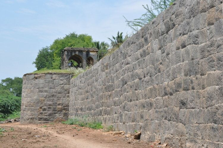 Attur Fort Know Your Heritage Gatti Mudali Dynasty of Salem Region Part 2