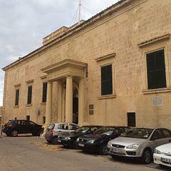 Auberge d'Aragon httpsuploadwikimediaorgwikipediacommonsthu
