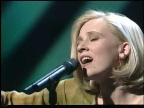 Aud Wilken Eurovision 1995 Denmark Aud Wilken Fra Mols til Skagen YouTube