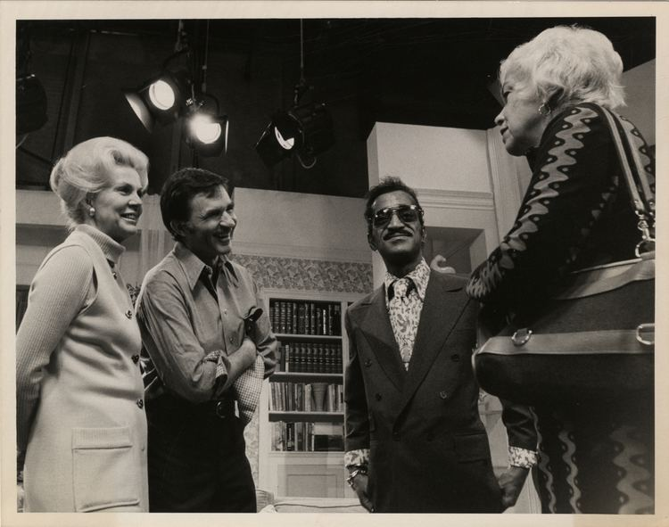 Audrey Peters Sammy Davis Jr Audrey Peters Ron Tomme and Jean Arley on the set