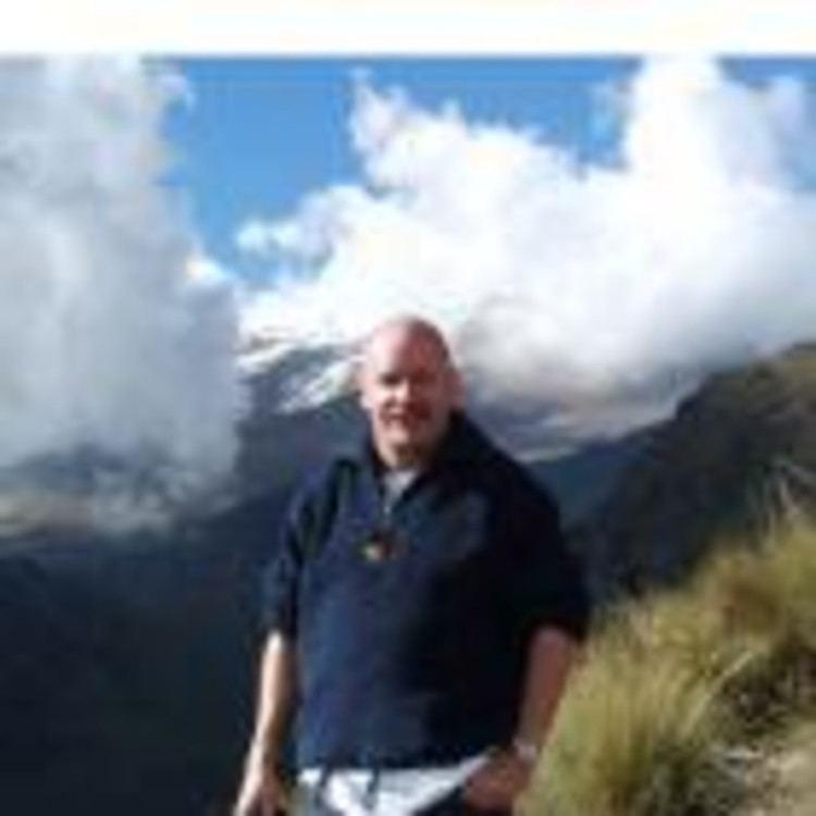 August Hollenstein August Hollenstein Customer Service Manager Continental XING