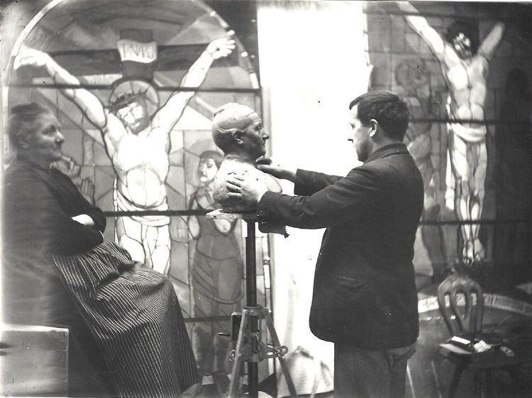 August Suter (sculptor)