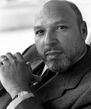August Wilson Who is August Wilson Abimbola39s quotFencesquot Resource Bank