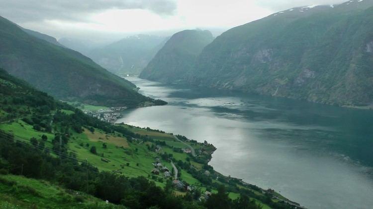 Aurlandsfjord Aurlandsfjord and Nryfjord Norway in HD YouTube