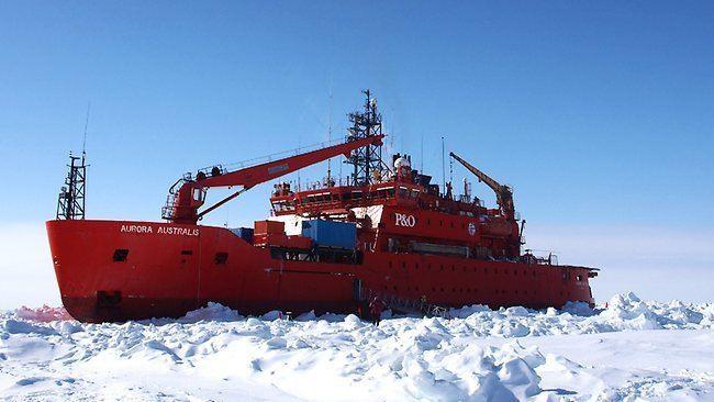 Aurora Australis (icebreaker) Antarctic research vessel the Aurora Australis trapped in the ice