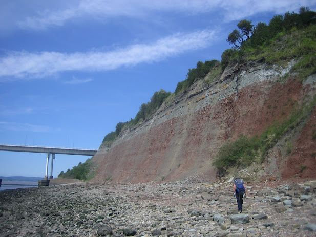 Aust Cliff OUTCROP RIGS of the Month June Aust Cliff