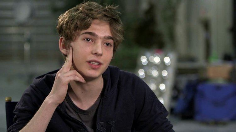 Austin Abrams Paper Towns Austin Abrams On The Story Video NYTimescom