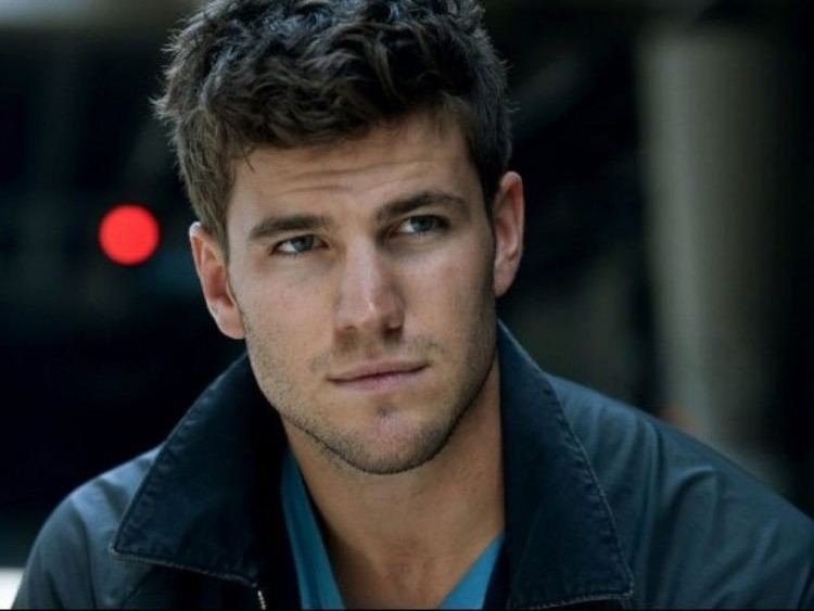 Austin Stowell Austin Stowell Ready To Hit The Big Screen Patch