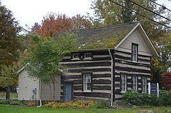 Austintown Log House httpsuploadwikimediaorgwikipediacommonsthu