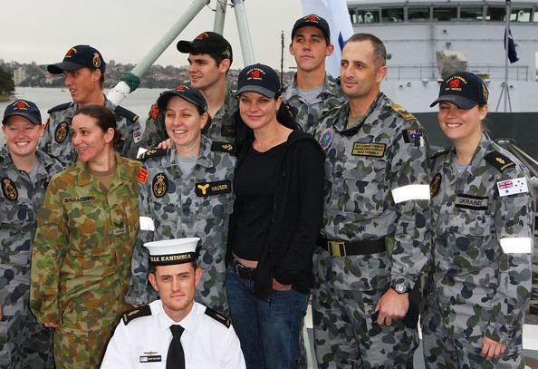 Australian Defence Force Investigative Service www2pictureszimbiocomgiPauleyPerretteMeets