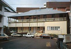 Australian Institute of Tropical Medicine building httpsuploadwikimediaorgwikipediacommonsthu