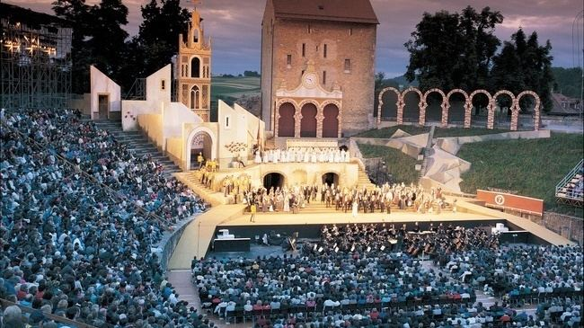 Avenches in the past, History of Avenches