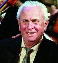 Avni Mula httpsuploadwikimediaorgwikipediasqthumb9