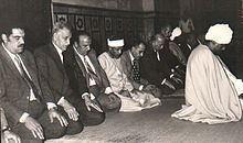 Awn Alsharif Qasim httpsuploadwikimediaorgwikipediaenthumba