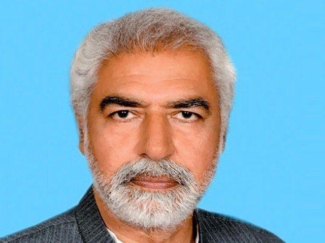 Ayaz Amir Ayaz Amir39s articles run afoul of Articles 62 63 The