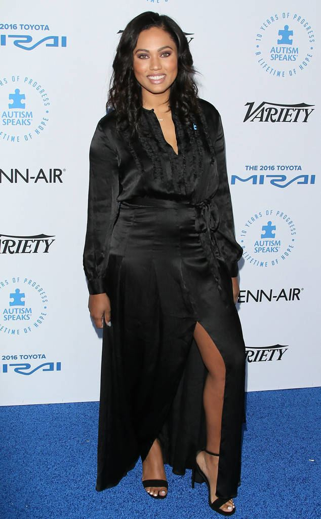Ayesha Curry Ayesha Curry Sparks Backlash Over Classy Fashion Remarks Chrissy