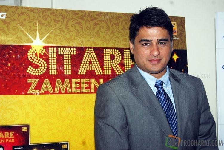 Ayub Khan (actor) photoayubkhanatthelaunchofalbumsitarezameen254jpg