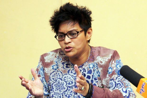 Azalina Othman Said It is time to change social media laws says Azalina