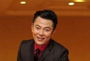 Aznil Nawawi Aznil Nawawi kini bergelar Datuk Astro Awani