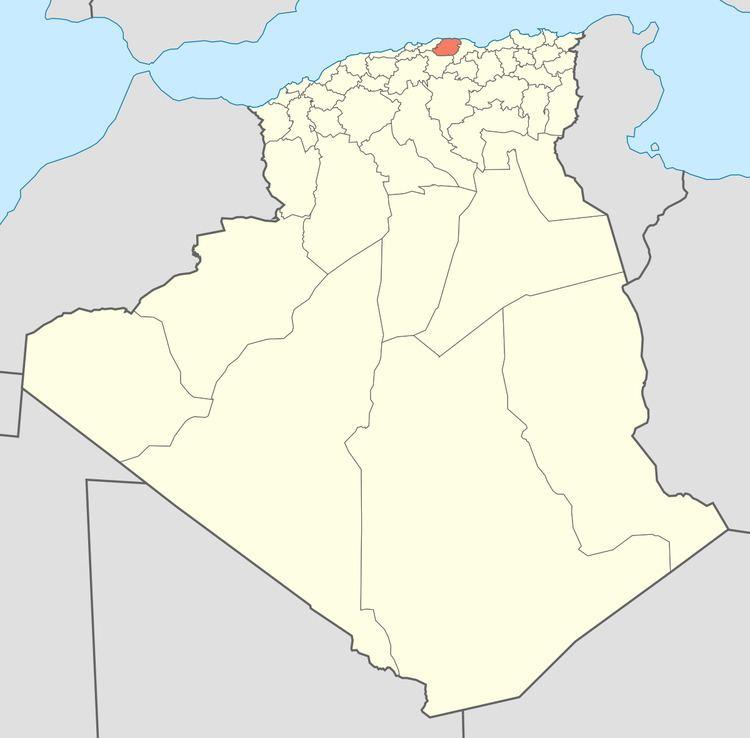 Azzefoun District