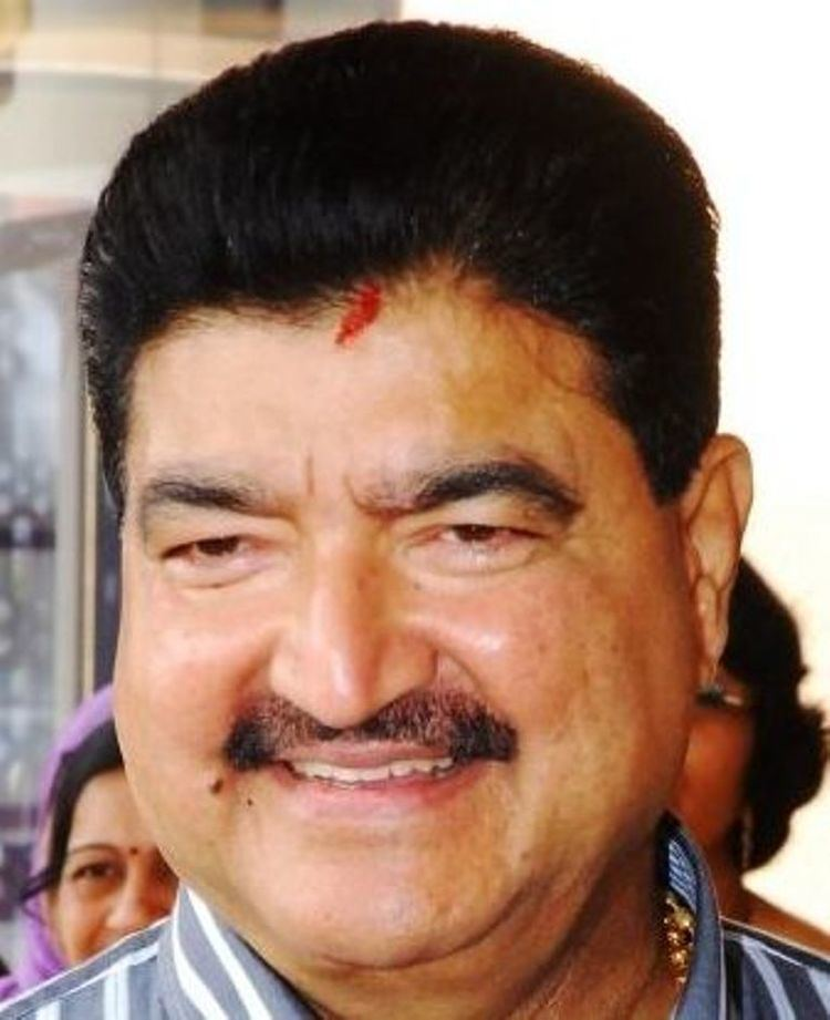 B. R. Shetty Bavaguthu Raghuram Shetty born August 1 1942 Emirian