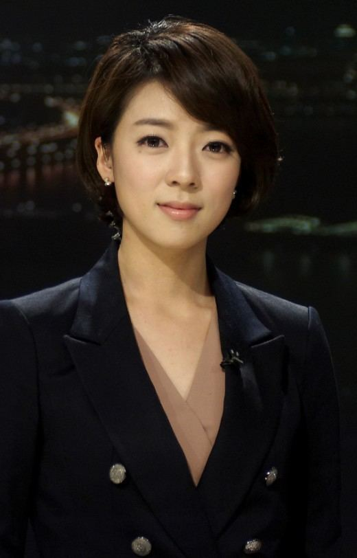 Bae Hyun-jin wwwluckypostcomwpcontentuploads201403lucky