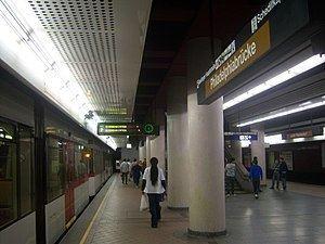Bahnhof Meidling (Vienna U-Bahn) httpsuploadwikimediaorgwikipediacommonsthu