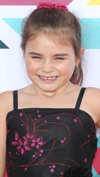 Bailey Michelle Brown Bailey Michelle Brown Photos Arrivals at the HALO Awards