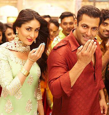 Review Bajrangi Bhaijaan is a solid crowdpleaser Rediffcom Movies