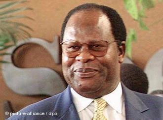 Bakili Muluzi The Globe Newspaper MULUZI RETURNS AS THE MALAWI ANTI