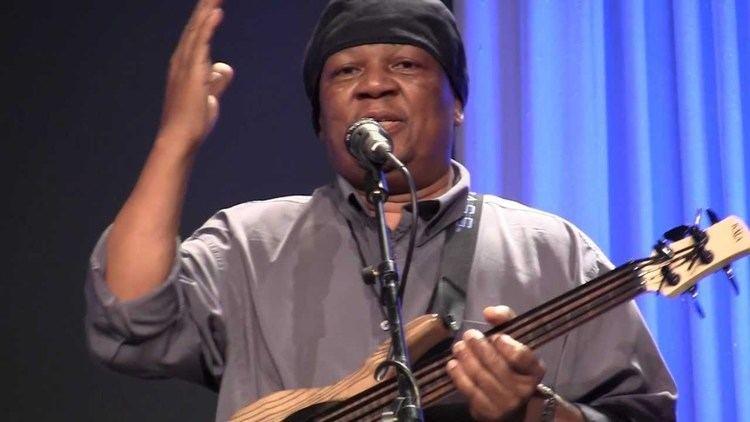 Bakithi Kumalo 50 Mombazo bassist Bakithi Kumalo James Hill at AllStar Guitar