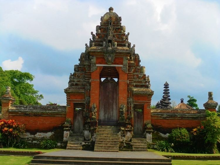 Balinese temple Experience the Real Bali