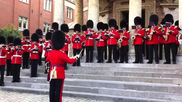 Band of the Grenadier Guards The band of the Grenadiers Guards at Waterloo 2 YouTube