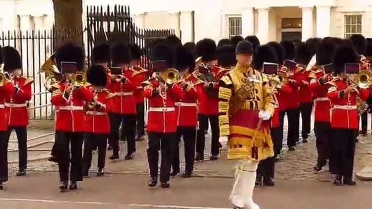 Band of the Scots Guards The Band of the Scots Guards and Grenadier Guards YouTube