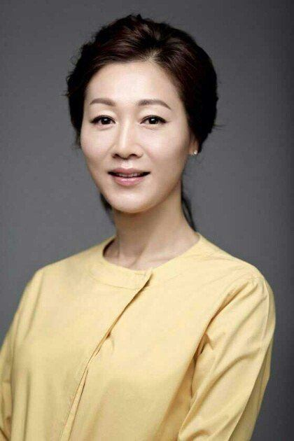 Bang Eun-hee Bang Eunhee comes back with quotA Witch39s Lovequot HanCinema