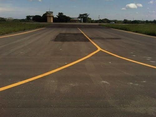 Baracoa Regional Airport httpsmw2googlecommwpanoramiophotosmedium